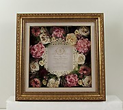Bloombeads Freezeframe preserved flowers with front mat 16
