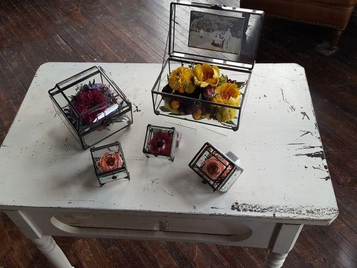 Wedding Bouquet & Memorial Flower Preservation & Keepsake Ideas for Spring